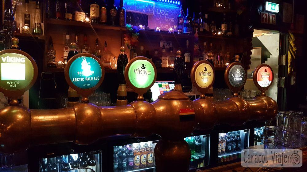 Tiradores cerveza Islandia