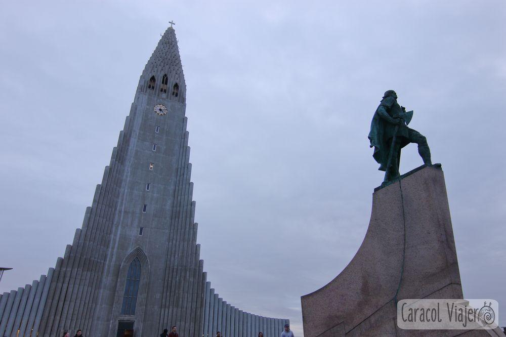 Iglesia Hallgrímskirkja en Islandia