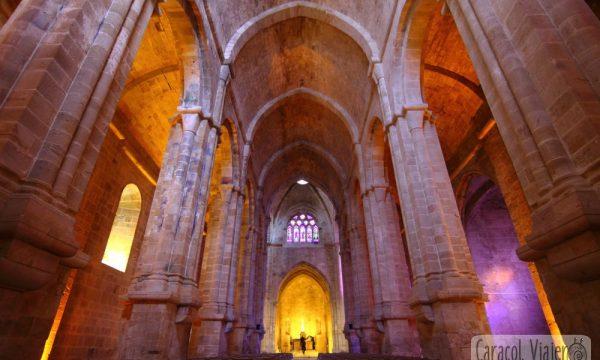 La abadía de Fontfroide, Termes y otros castillos cátaros