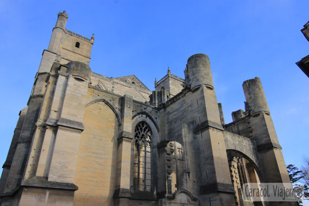 Exterior de la catedral de Narbona