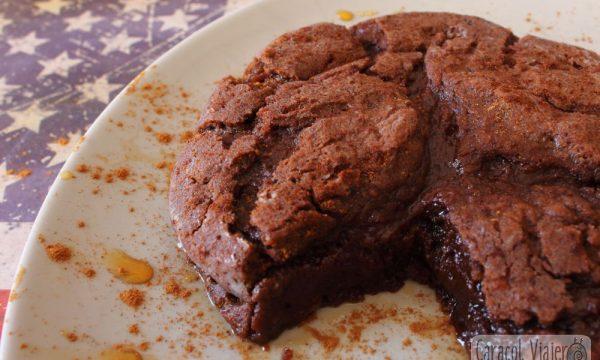 Pastel de chocolate americano en 30 minutos