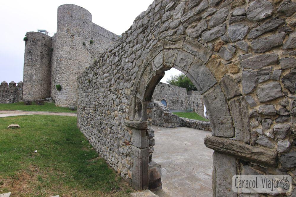 qué ver en Cantabria en 3 días - Castro Urdiales , Castillo del Faro