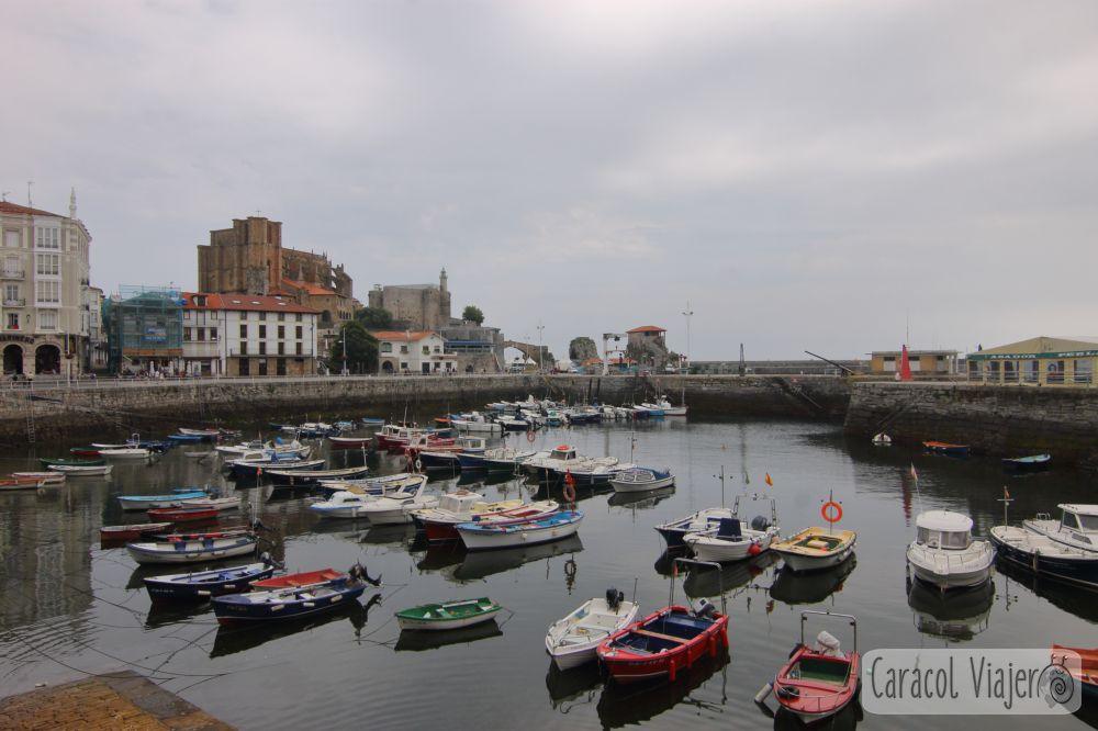 qué ver en Cantabria en 3 días - Castro Urdiales barcas