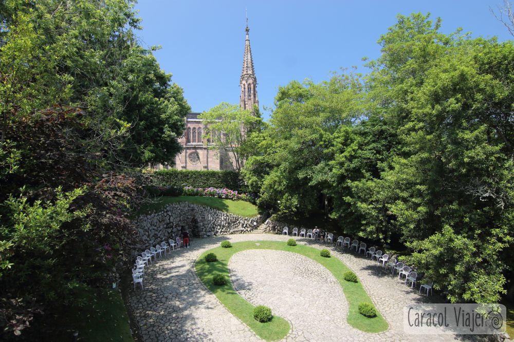 El Capricho de Gaudí, jardín