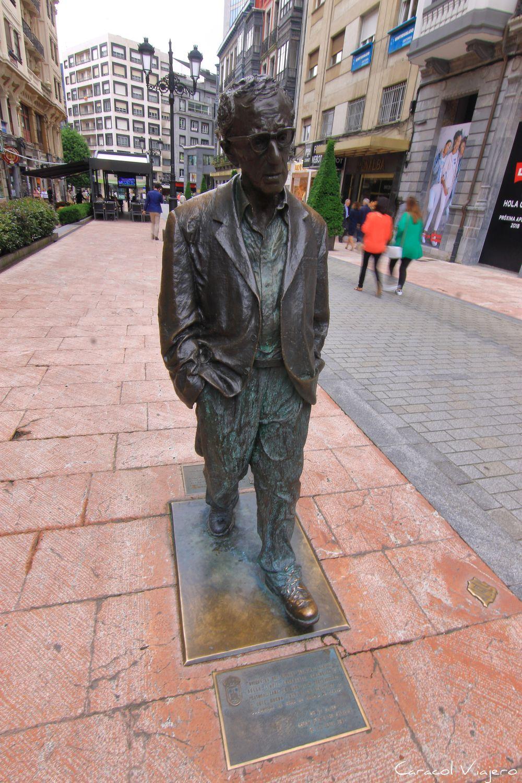 Monumento - Estatua Woody Allen Asturias