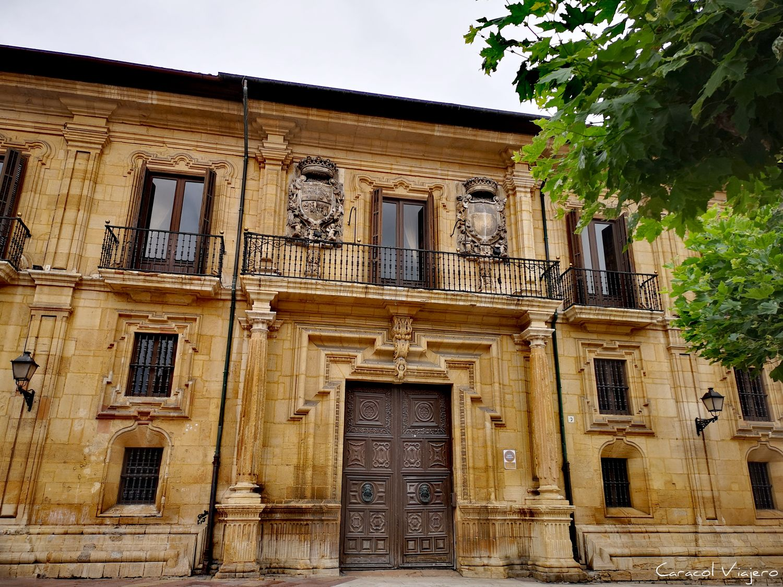 Oviedo, palacio