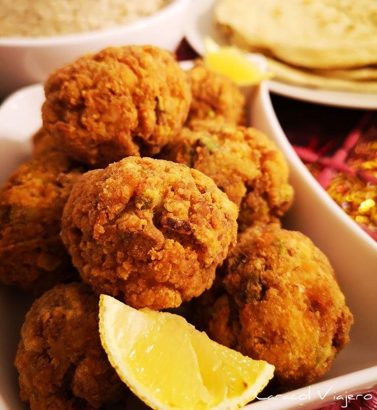 Bolas de pollo con pistacho - receta libanesa