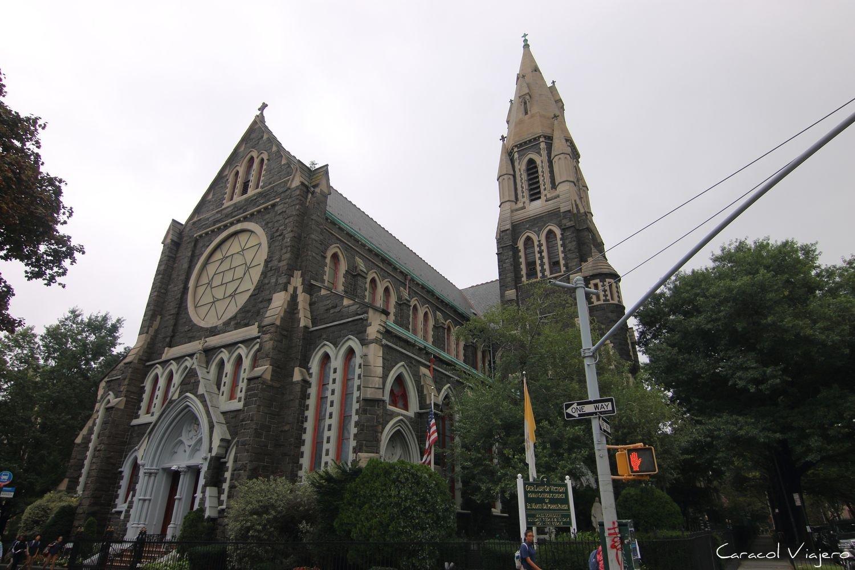 St Martin de Porres iglesia Brooklyn