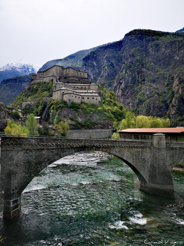 Fuerte di Bard en Bard Italia