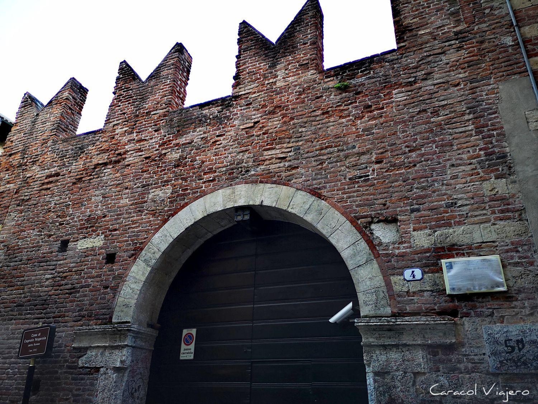 Casa de Romeo en Verona portal