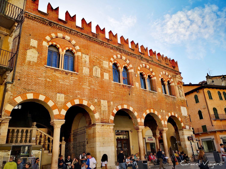 Plaza delle Herbe - Verona