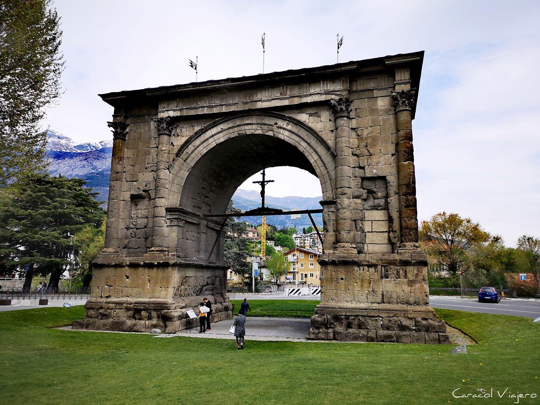 Arco de Augusto en Aosta