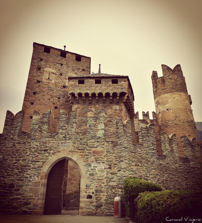 Castillo de Fenis en valle de Aosta - castillos valle de Aosta