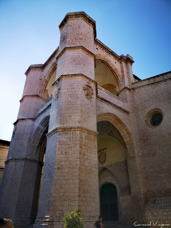 San Benito exterior