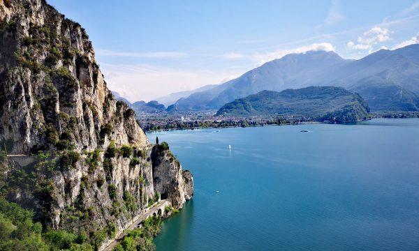 3 excursiones en Riva del Garda a pie y en bici