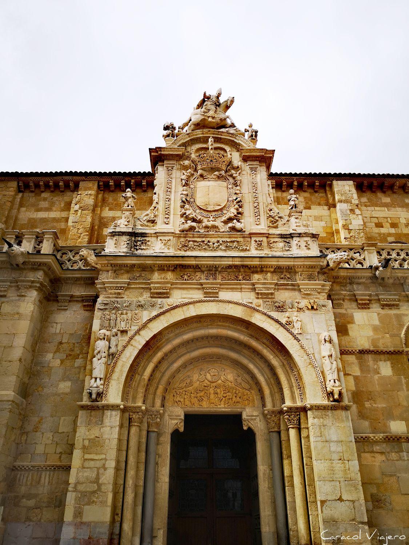 Qué visitar en León - puerta