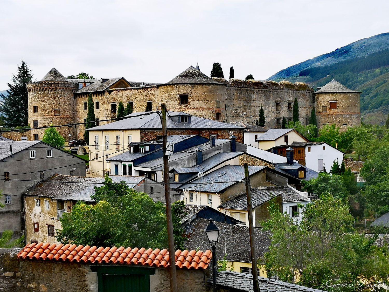 Pueblos y castillos de España