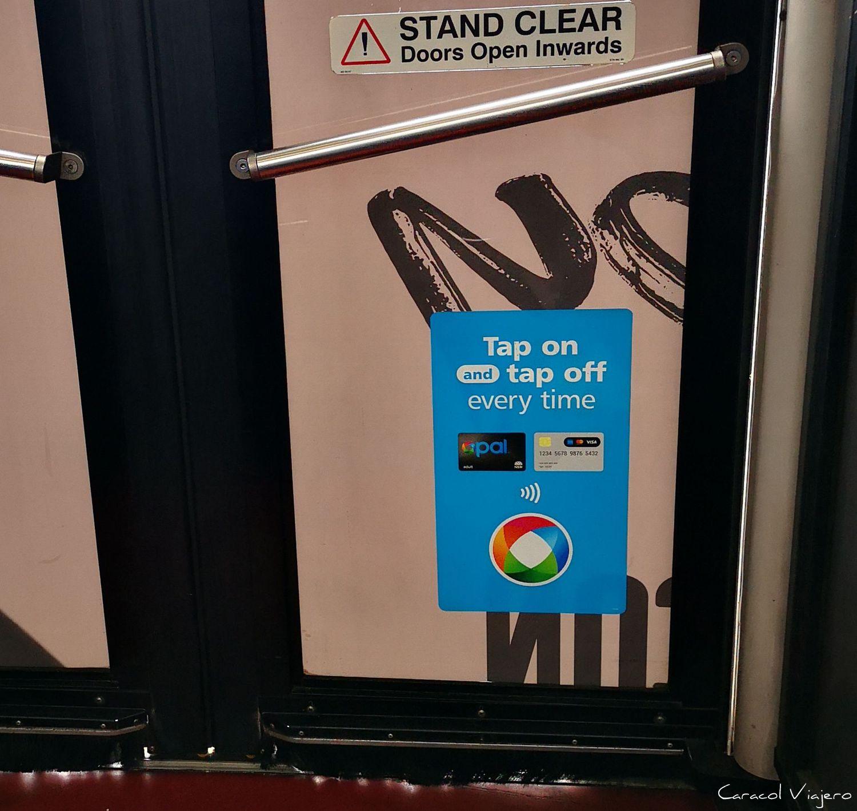 Tap on/off tarjeta Opal - Cómo llegar desde el aeropuerto de Sídney al centro