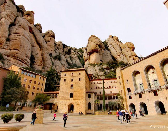 ¿Cómo llegar al monasterio de Montserrat desde Barcelona?