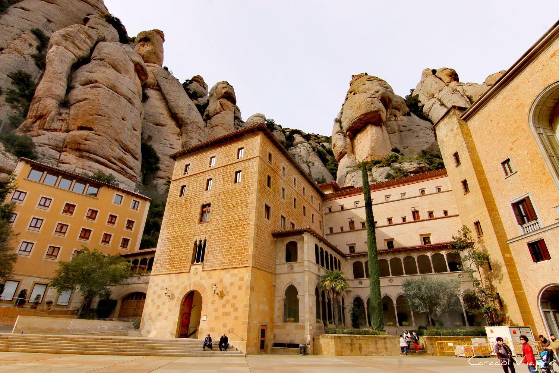como llegar al monasterio de Montserrat