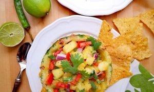 Salsa de piña para aperitivos, nachos, quesadillas y ensaladas