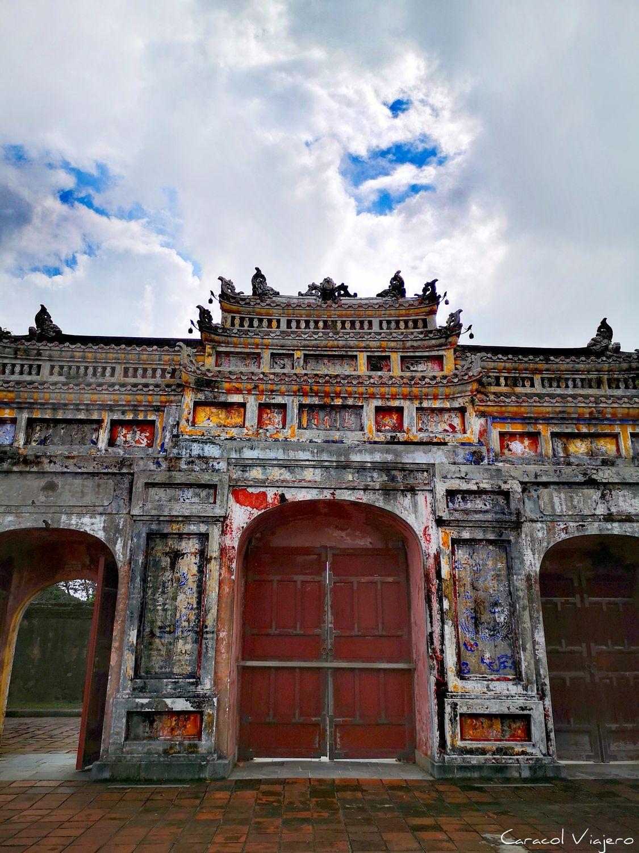 la puerta de Chuong Duc