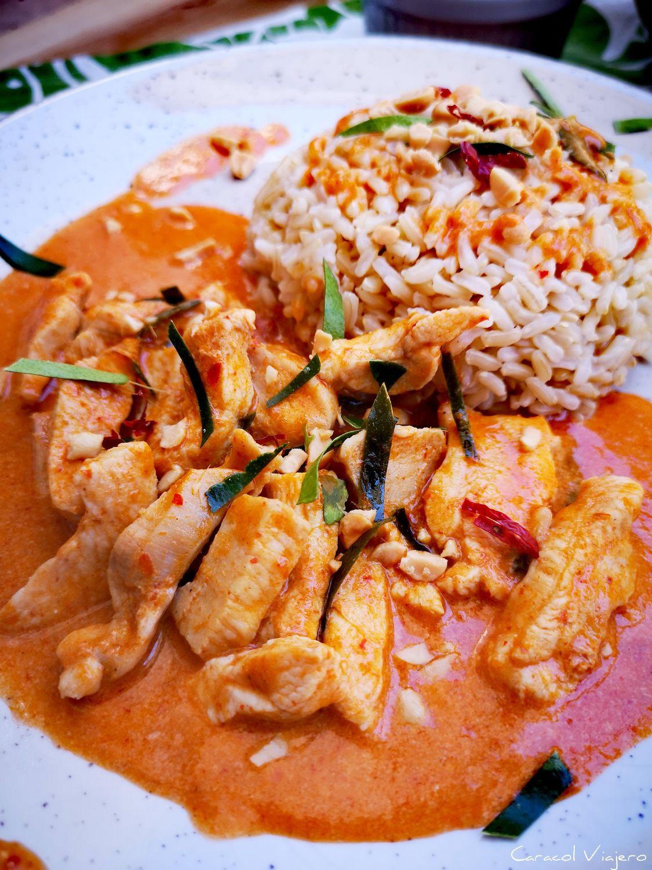 Curry Panang Tailandés de Pollo | Receta en 20 Min